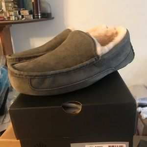 NEW UGG Australia® Ascot Mens Slippers